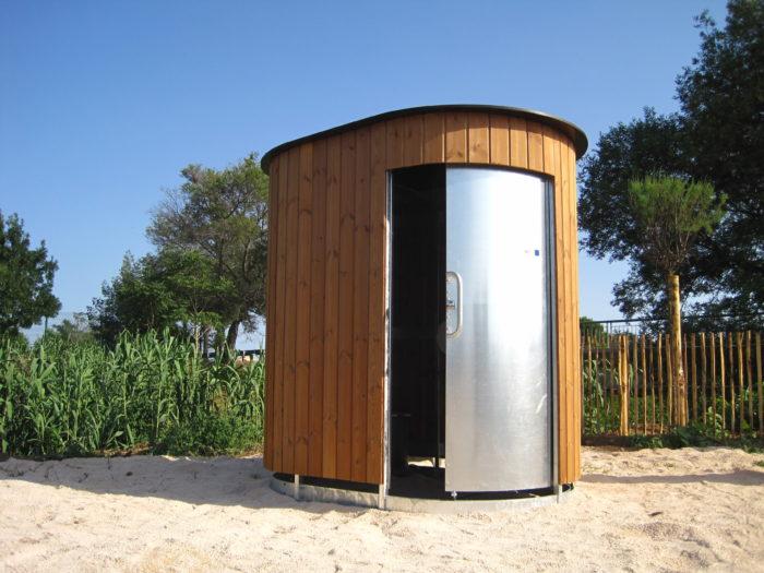 Eco public toilet