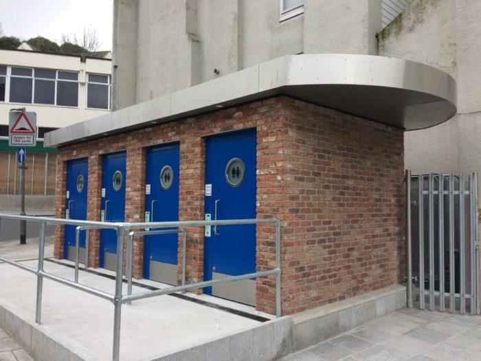 Public Toilet in Torquay